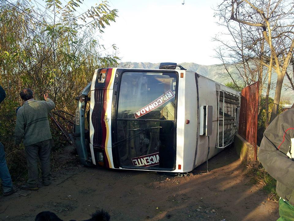 <!--:es-->Accidente deja 40 heridos en el sector de rinconada<!--:-->
