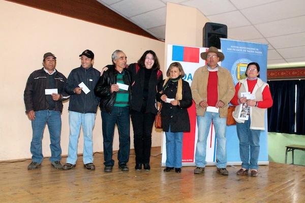 <!--:es-->Ceremonia de Entrega del Fondo de Apoyo Inicial (FAI)<!--:-->