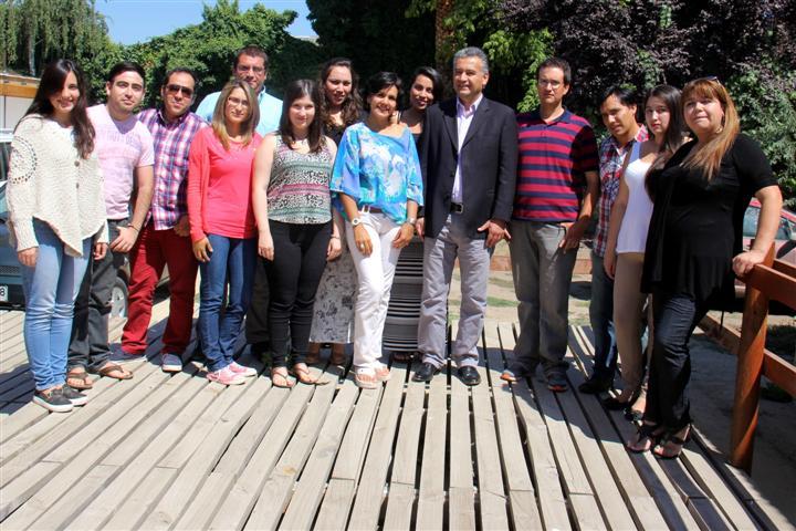 Alcalde sostuvo desayuno con los 20 seleccionados del Festival de la Voz 2015