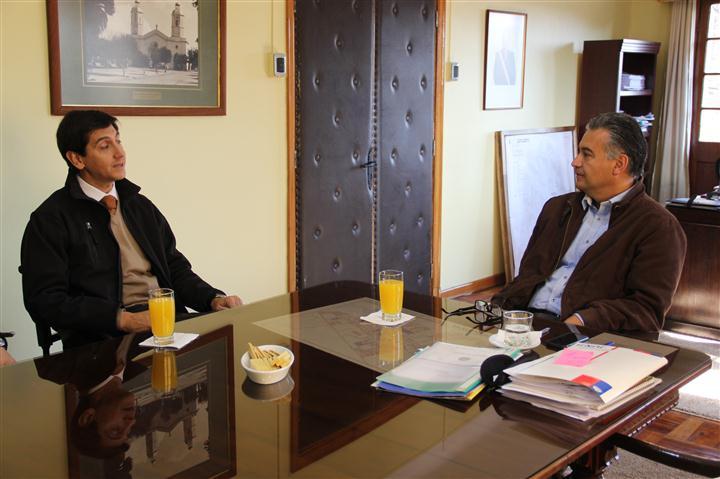 Alcalde se reúne con Comisario de la PDI de San Vicente