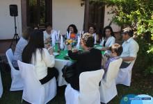 PROFESORES Y APODERADOS RECIBEN RECONOCIMIENTO DE PARTE DE LA PRIMERA AUTORIDAD COMUNAL