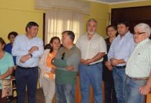 PROFESIONALES DE SECPLA PRESENTARON PROYECTO DE CONSTRUCCIÓN DE SEDE COMUNITARIA A VECINOS DE VILLA TAGUA TAGUA