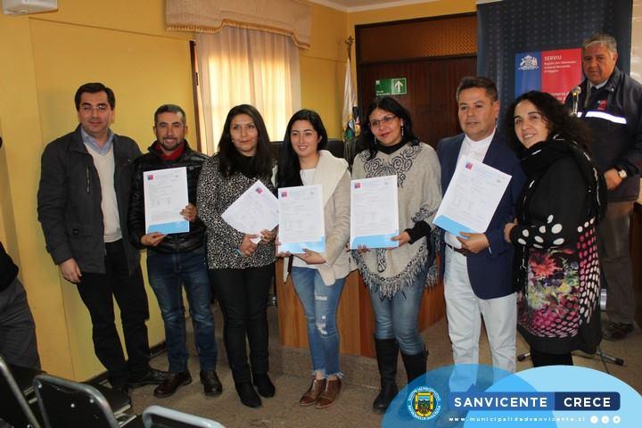 ENTREGA DE SUBSIDIOS HABITACIONALES A 23 FAMILIAS DE SAN VICENTE