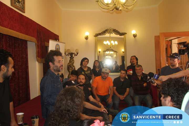 NANO STERN Y MAGDALENA MATTHEY SE REUNIERON CON AGRUPACIONES MUSICALES DE SAN VICENTE