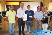 ALCALDE JAIME GONZÁLEZ ENTREGA SUBVENCIÓN AL CLUB DE HUASOS LOS MAYOS DE SAN JOSÉ DE PATAGUAS