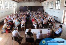 ADULTOS MAYORES DE LA COMUNA ASISTEN A CHARLA INFORMATIVA ACERCA DE LA CONSTITUCIÓN