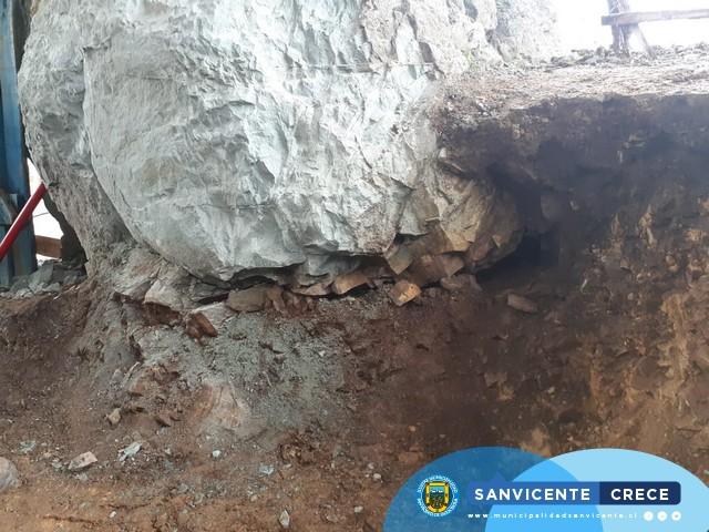 CUADRILLAS DE EMERGENCIA MUNICIPALES TRABAJAN EN TERRENO POR FRENTE DE MAL TIEMPO